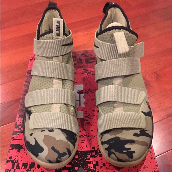 f32a3823f68c Lebron Soldier XI. NWT. Nike